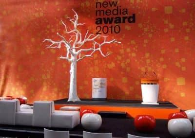 Kahler, weißer Baum als Dekoration beim New Media-Award.