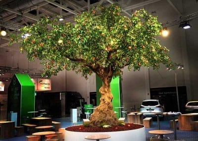XXL-Kunstbaum für hohe Räume & Ansprüche (Höhe 500 cm; Ø Krone 600 cm)